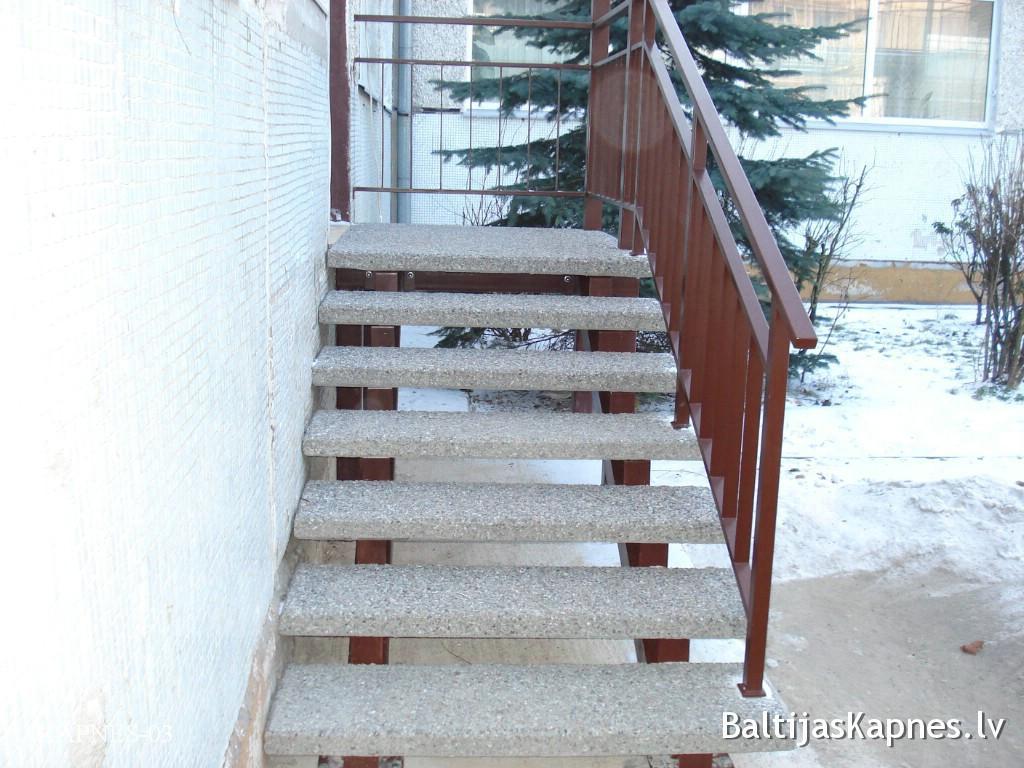 Ārējās kāpnes, pakāpienu konstrukcija