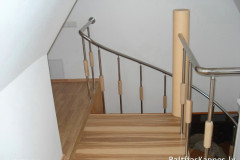 Winding stair with handrails